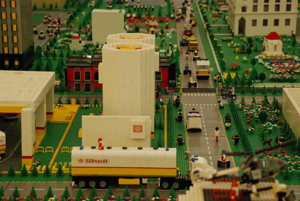 Lego City No.4: Santa Shell by kn33cow