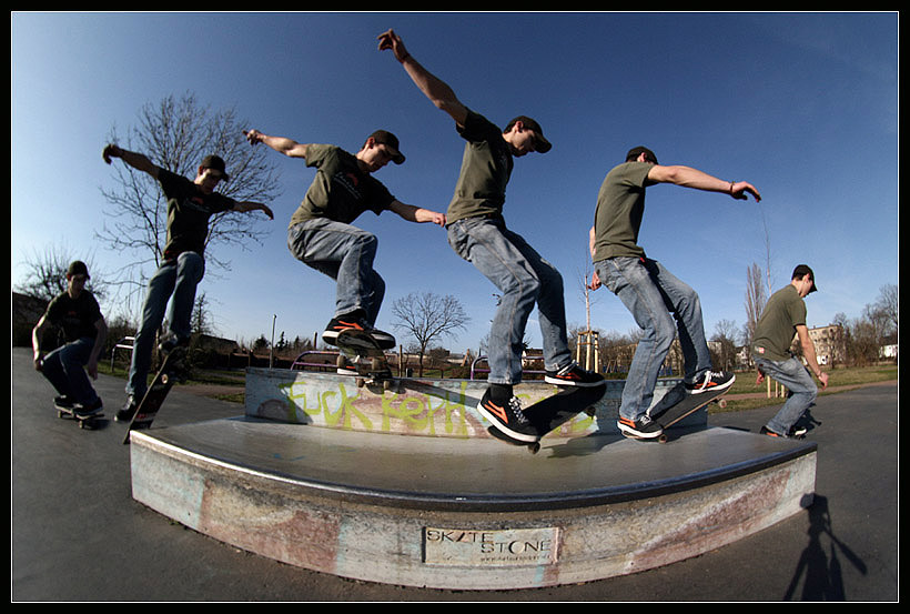 Thiele: Noseslide Manual off by koyle