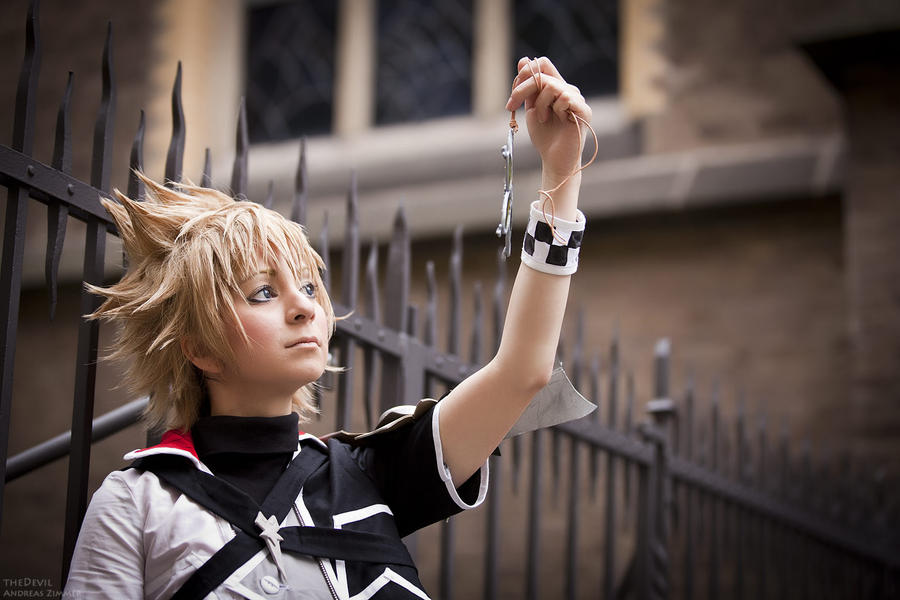 Kingdom Hearts - strong bonds by Firiless