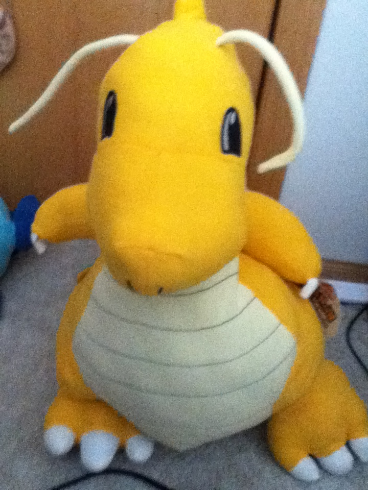 Nebraskon 2012 - Dragonite plush by Serj-Tankian-Fan09
