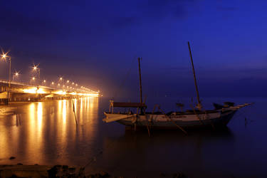 SURAMADU BRIDGE IN THE MORNING by TANKQ77