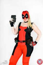Cosplay Lady Deadpool summer version bis