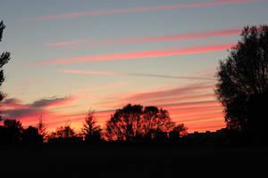 sunset in the city by prosto-Viktoria