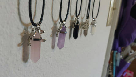 Crystal Necklace by hinata-hime