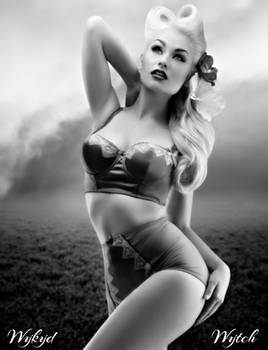 Daily Manip Challenge: #1  Marilyn Monroe Inspired