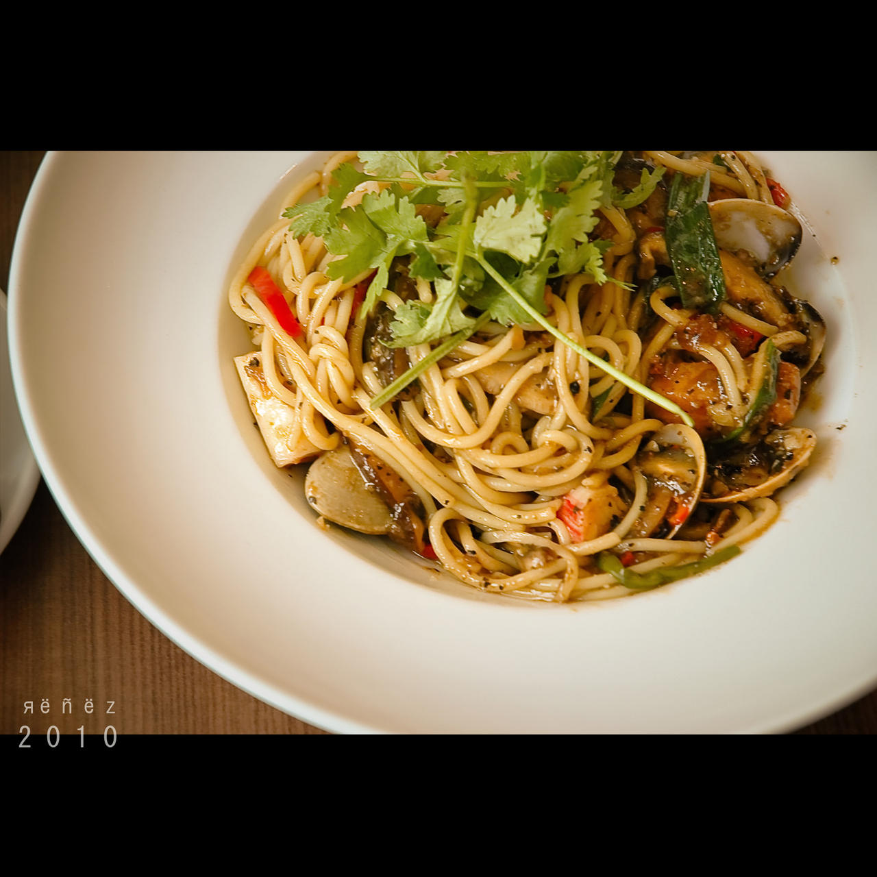 Pepper Seafood Spaghetti by Renez