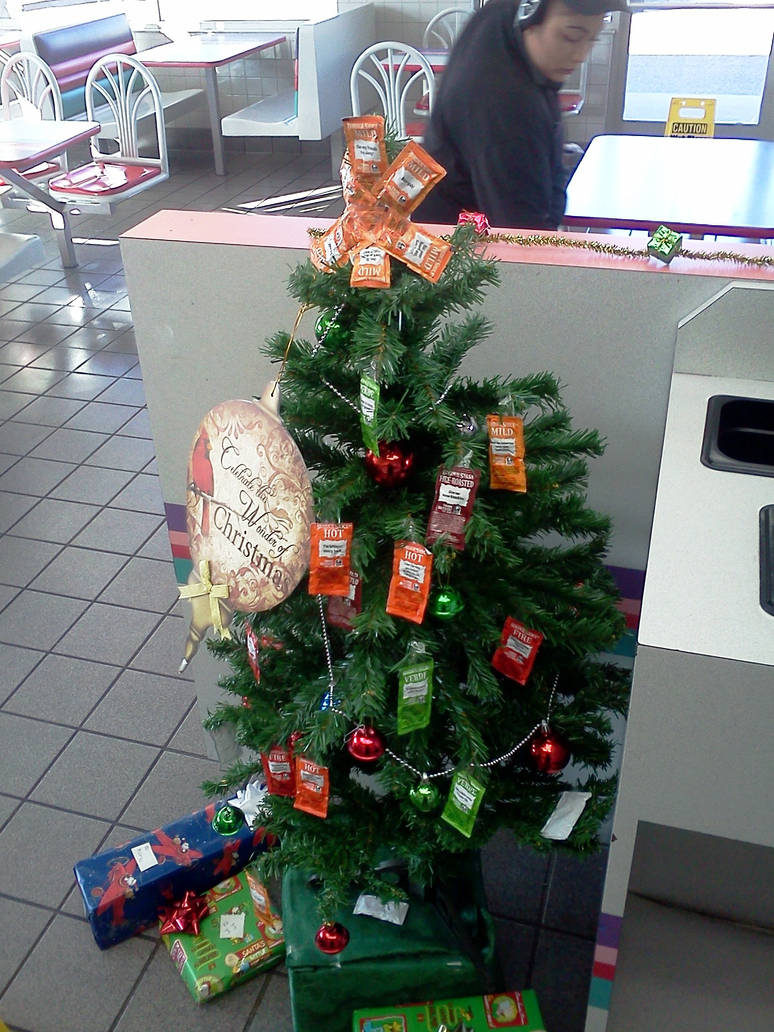 Is Taco Bell Open On Christmas.Taco Bell Christmas Tree By Bigmac1212 On Deviantart