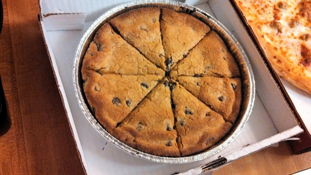 Papa john s mega chocolate chip cookie by bigmac1212
