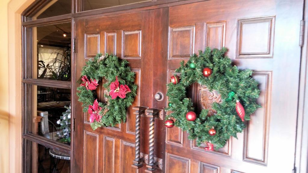 Christmas Wreaths on Garcia's Doors by BigMac1212