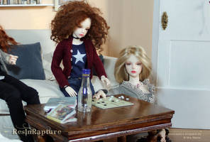 Stella and Seraphine are playing mills