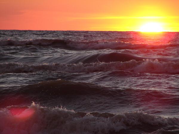 Waves by Dreamweaver38