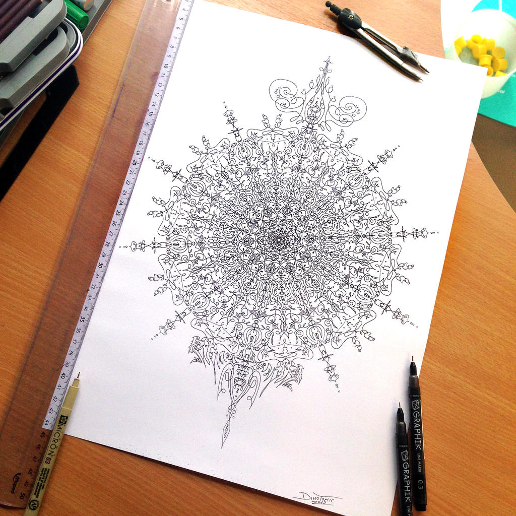 Symmetry pen outline by AtomiccircuS