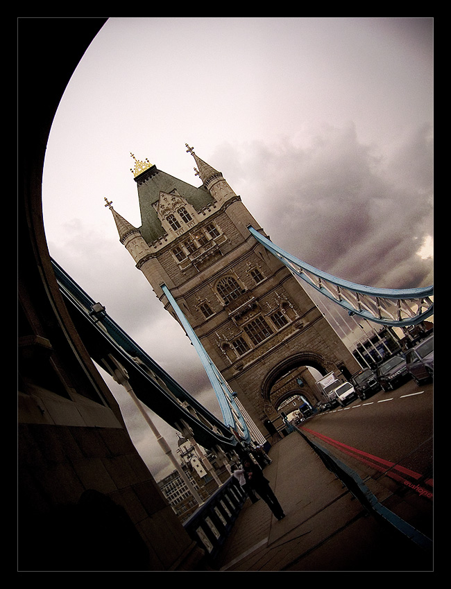 Tower Bridge by crushone