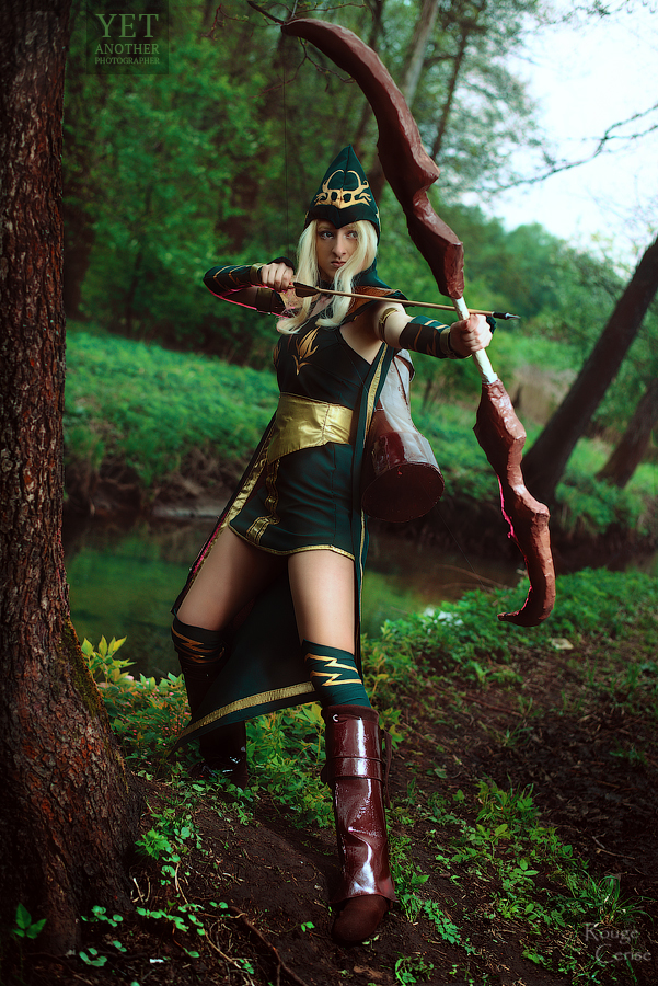 Sherwood Forest Ashe Cosplay: Right between an eye by Hanuro-Sakura
