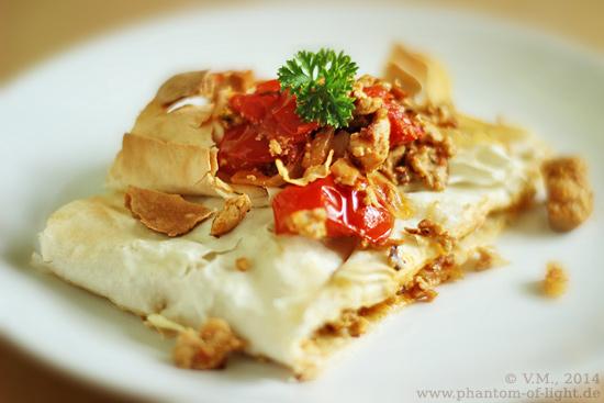 :: Yufka mit Tomaten und Tofu . vegan :: by Phantom-of-light