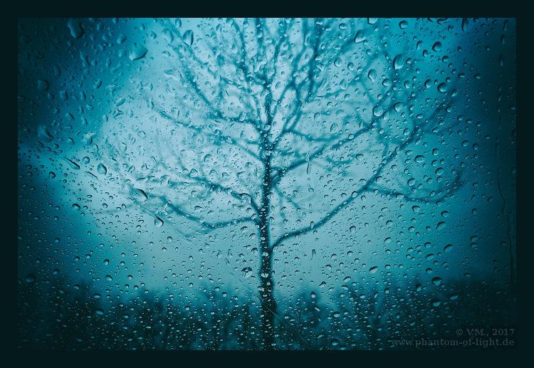 :: blue wednesday :: by Phantom-of-light