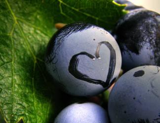 Grape heart by FLixter