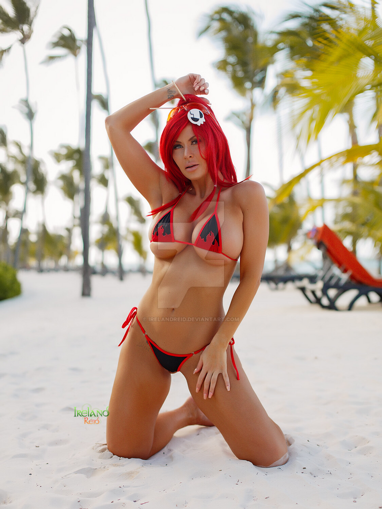 Beach Time Yoko Littner by irelandreid