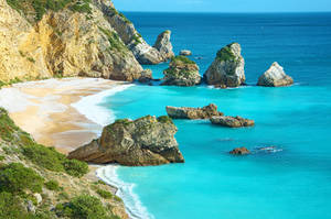 Beach in Portugal by larschristianwagner