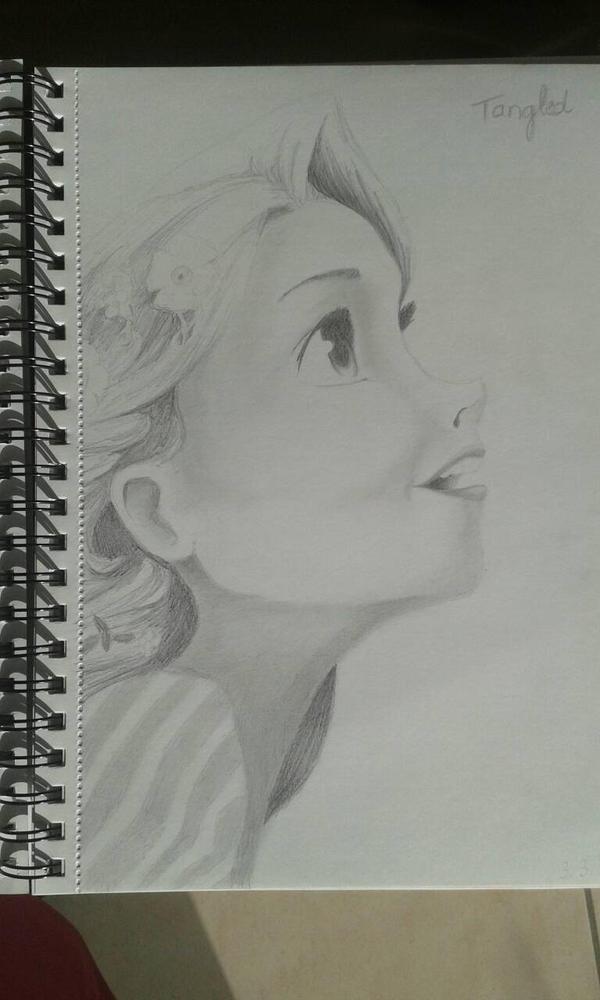 Rapunzel  by saartje95
