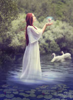 Lady of the Lake by tiffanydark
