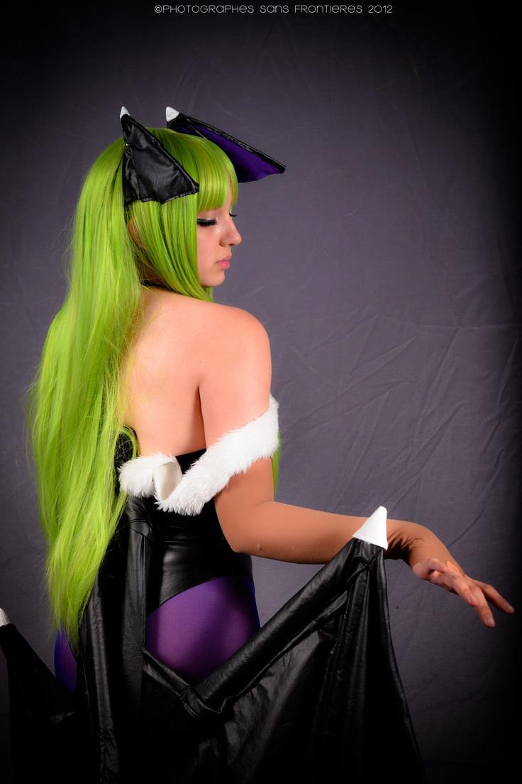 Morrigan Aensland - Darkstalkers cosplay 4 by MelodyxNya
