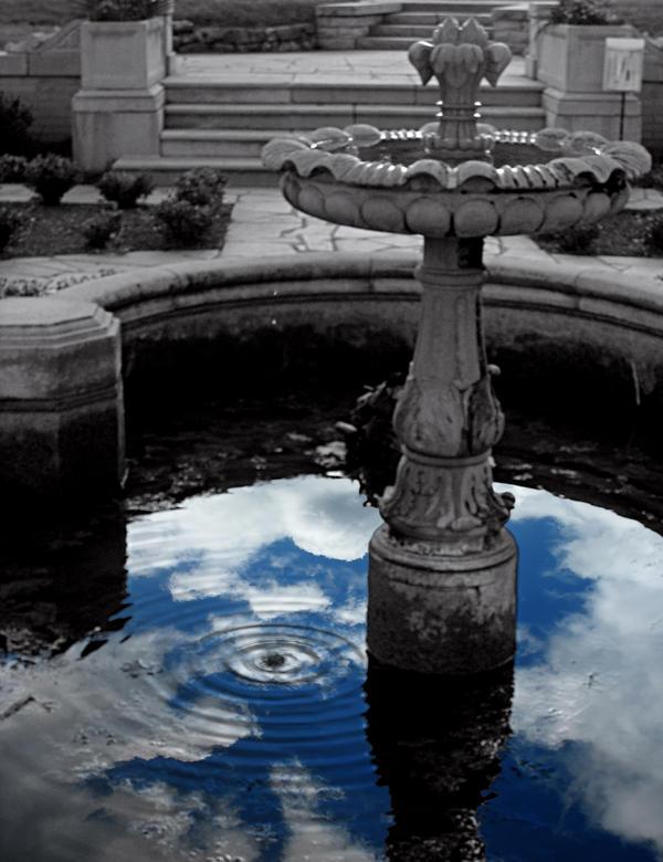 Fountain of Youth by Kureneko