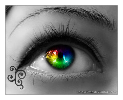 Rainbow eye by Unique0Me