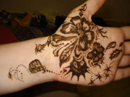 1st selfmade Henna by hippiegothelfe