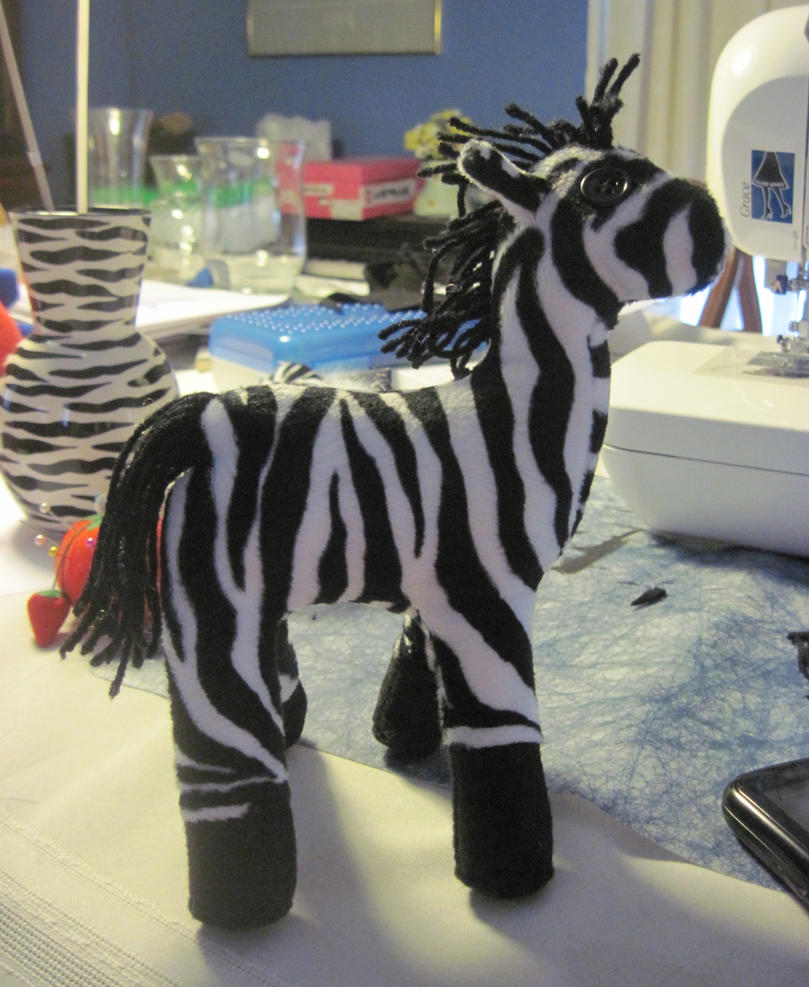 Paul the Zebra by Kaios-Wolf