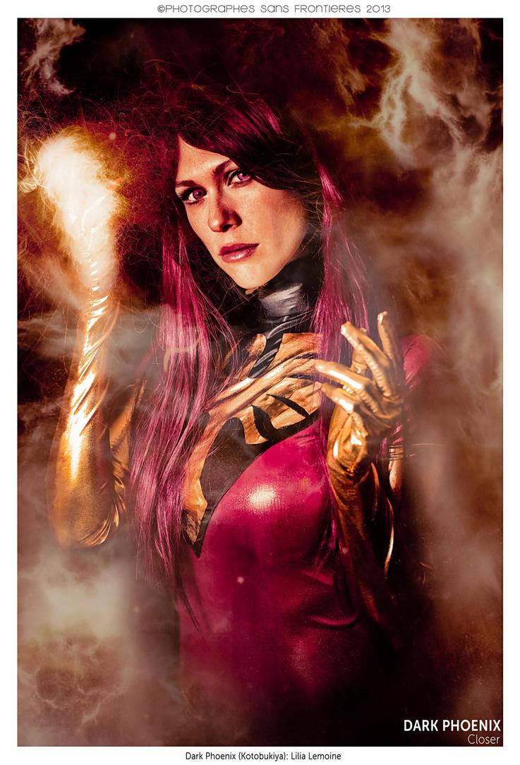 Dark Phoenix: Closer by ferpsf