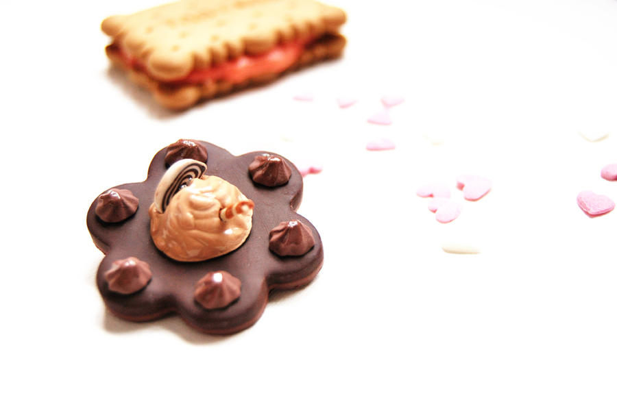 Brooch: Chocolate and Caramel cake by MentaDesigns on ...