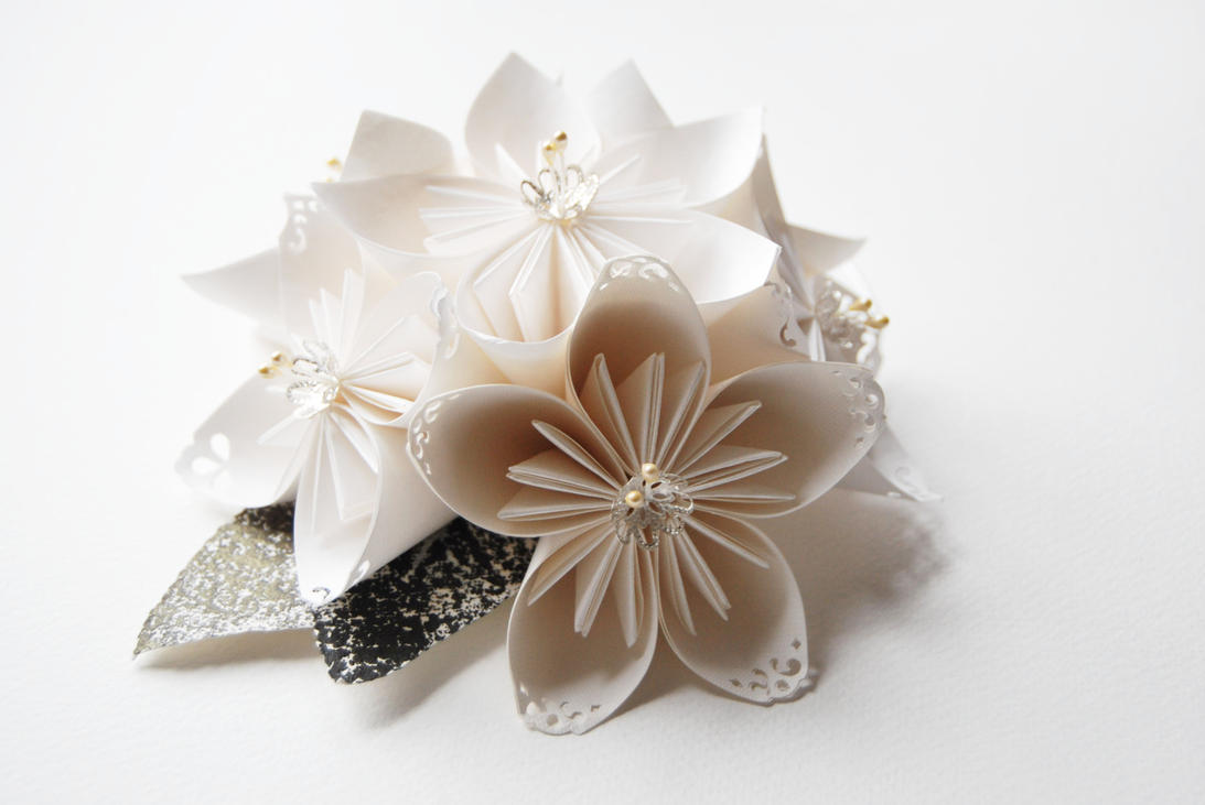 Flower centerpieces: Bouquet Kusudama Large by MentaDesigns on ...