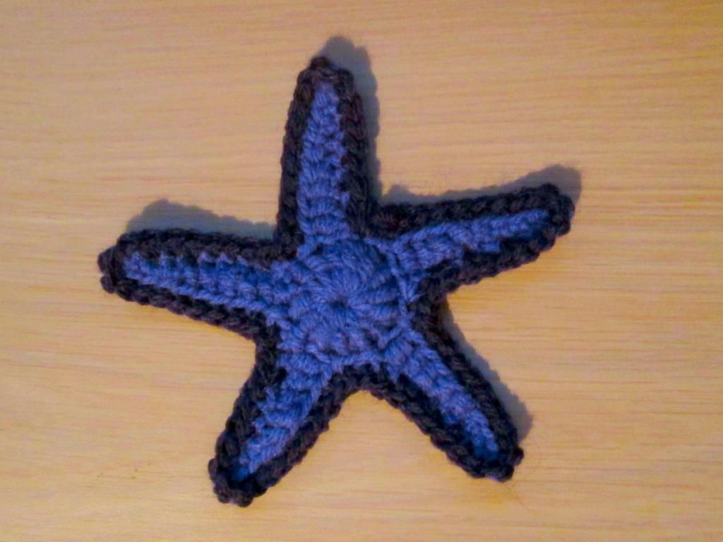 Free Crochet Pattern Starfish : FREE PATTERN: Crochet Starfish Applique by wlyteth on ...