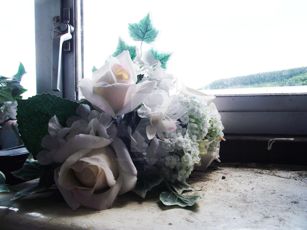 Desolate flower by rocklovingwolf100