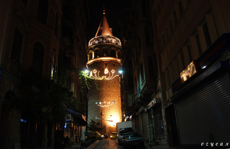 Galata Tower by ozycan