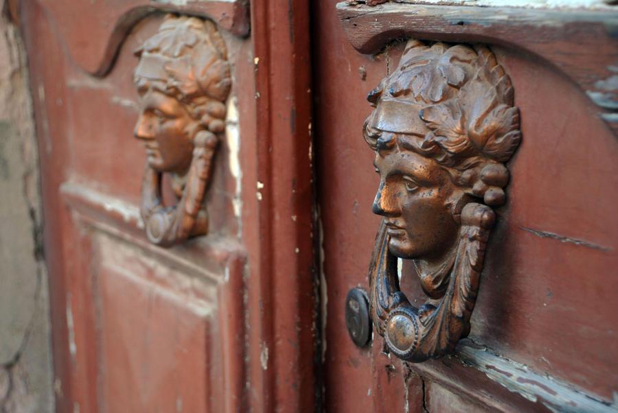 door by ozycan