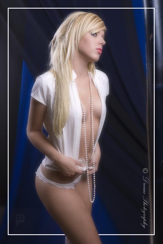 Korina by DreamPhotographySyd