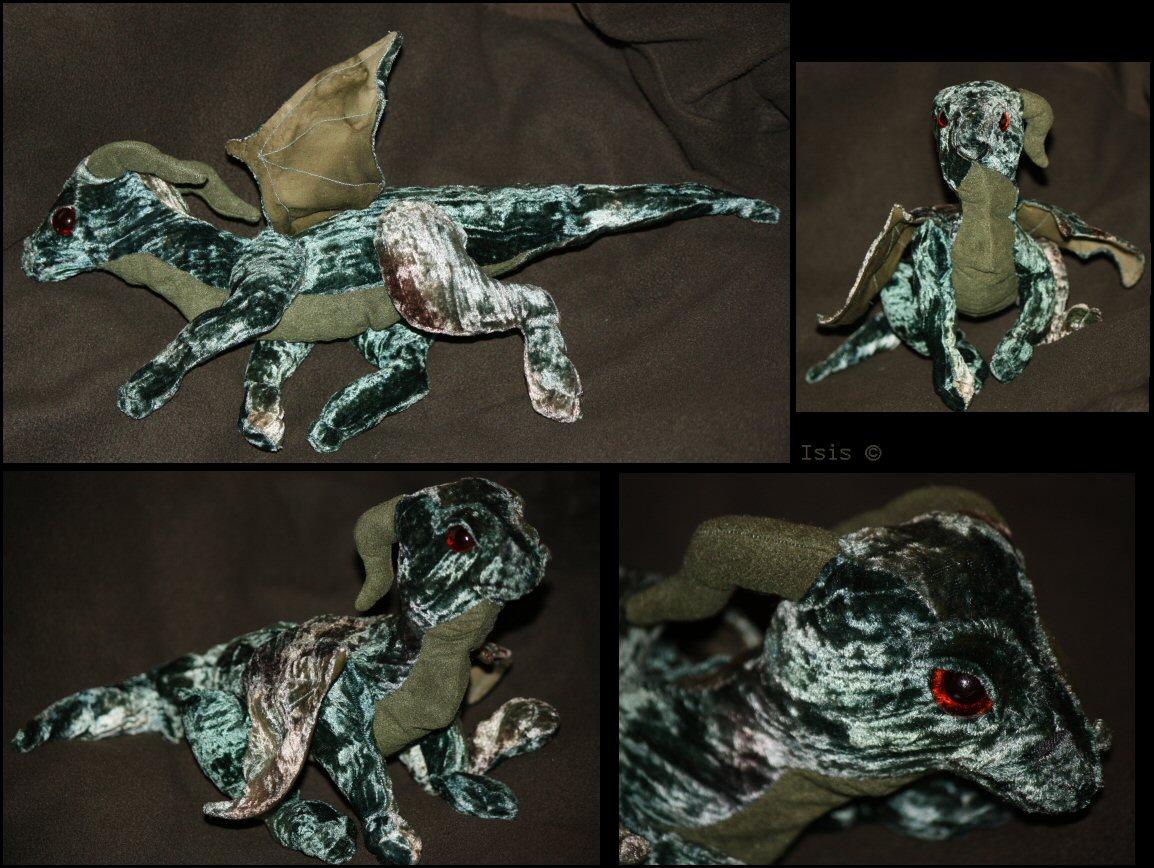 Green dragon - plushie by IsisMasshiro