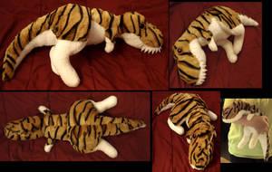 Fluffy tyrannosaurus-plushie