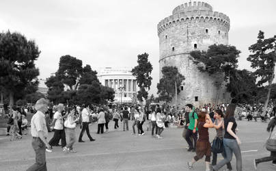 White tower of Thessaloniki by Siakeeroff