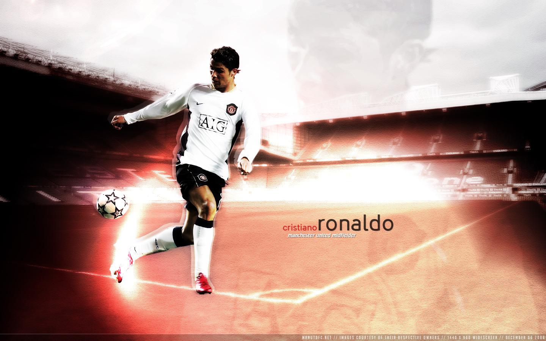 صور جامدة ل messi vs c.ronaldo Cristiano_Ronaldo_by_yoonited