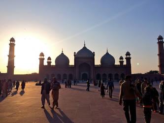 Sunset @ Badshahi