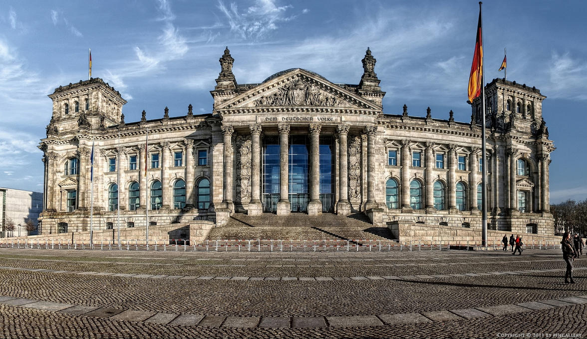 Berlin - Reichstag by pingallery