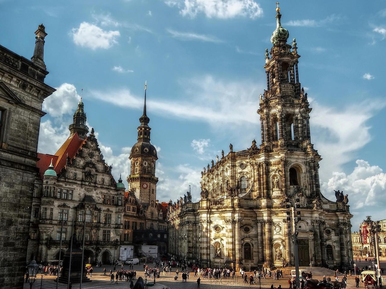 Katholische Hofkirche in Dresden II by pingallery