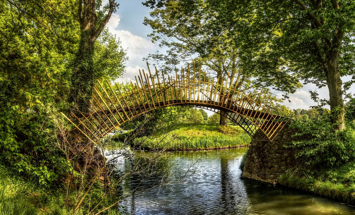 Woerlitzer Park - Sun Bridge by pingallery