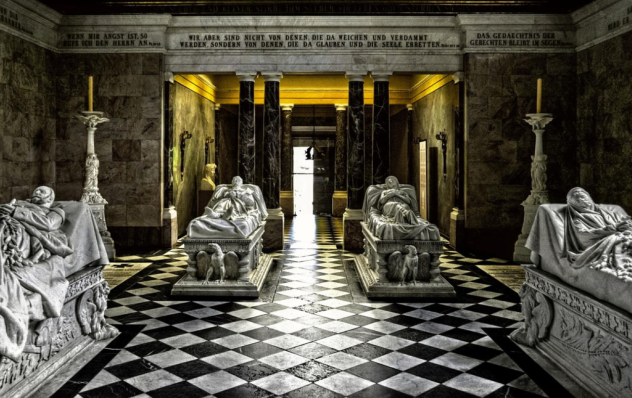 Berlin - Tombs of the Prussian Royal Family by pingallery