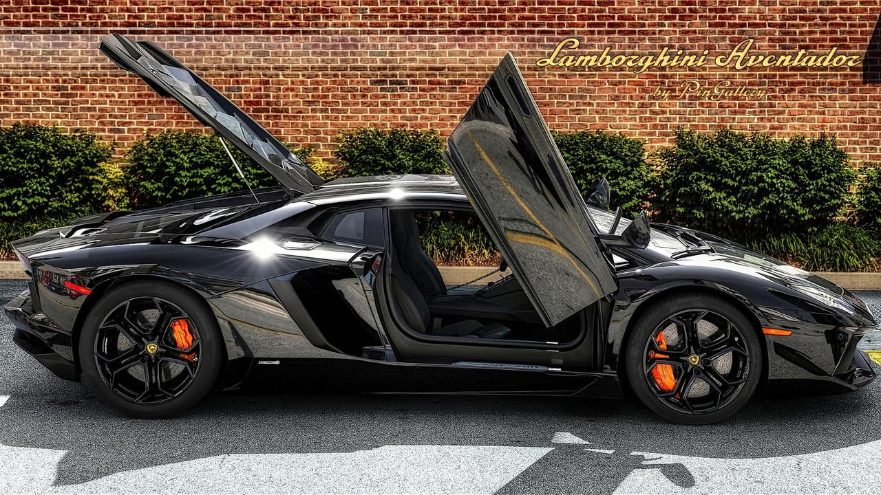 Lamborghini Aventador by pingallery