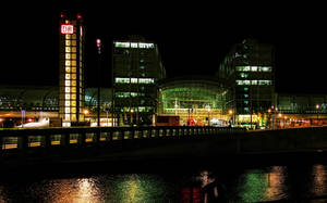 Berlin Central Station by night by pingallery