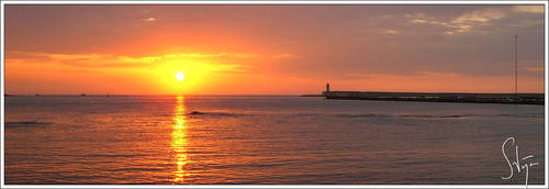 Sunset over the Mediterranean by axlar
